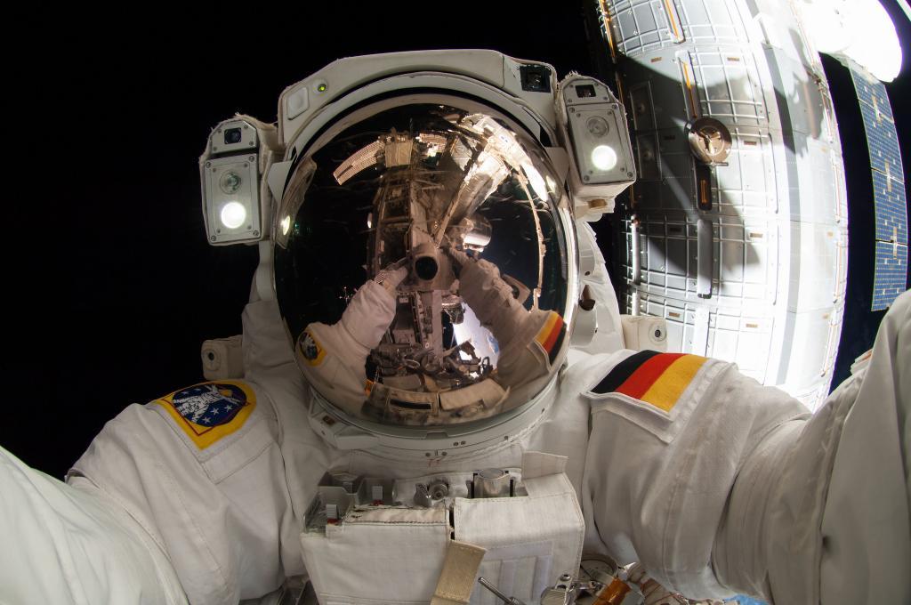 Alexander Gerst selfie