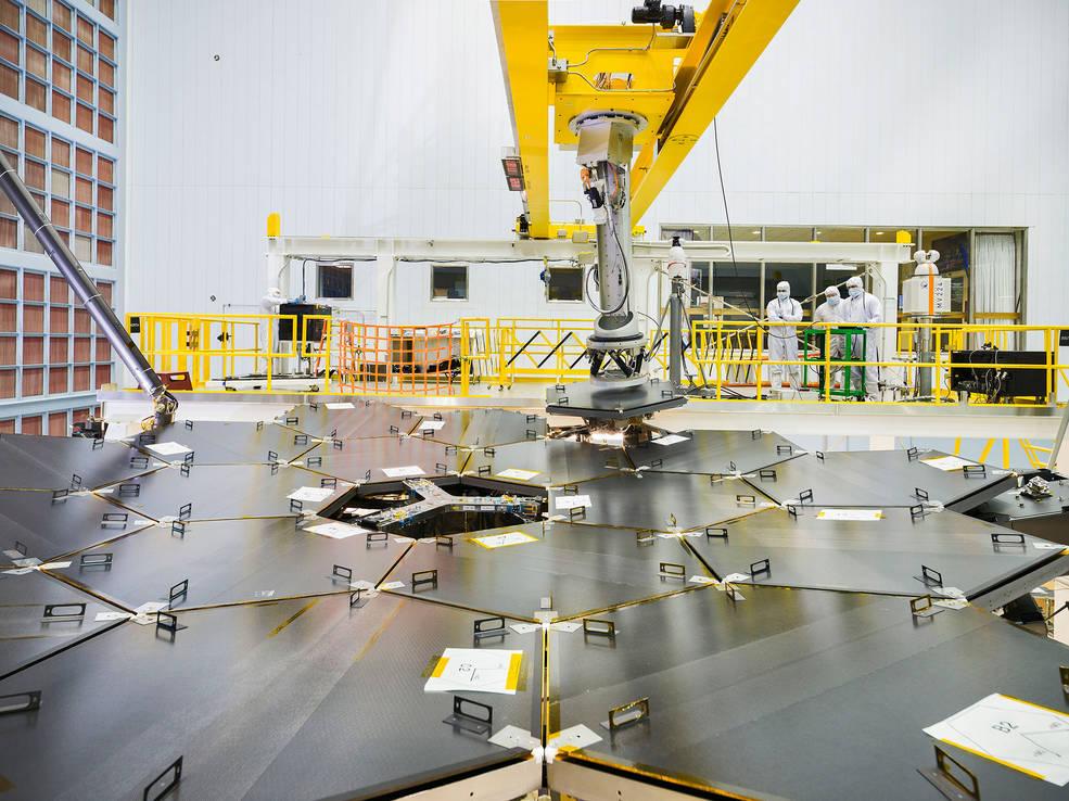 Ο Πρωτεύων Καθρέφτης του Διαστημικού Τηλεσκοπίου James Webb Πλήρως Συναρμολογημένος