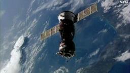 soyuz-docking-expedotion49-50-small