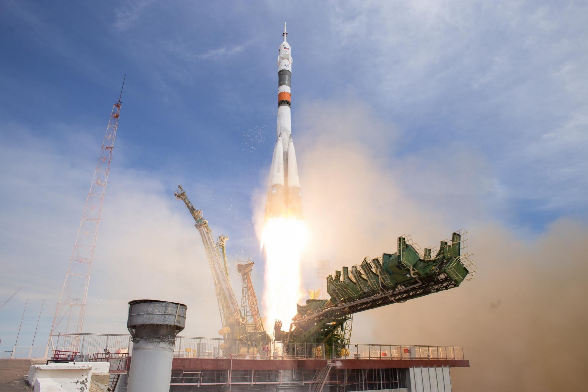 Δύο νέα μέλη πληρώματος έφτασαν στον Διεθνή Διαστημικό Σταθμό