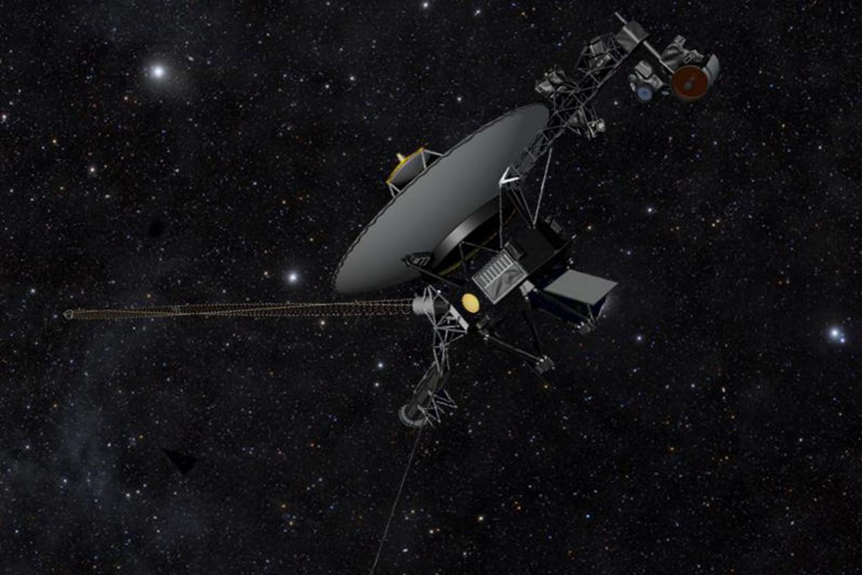 Το Voyager 1 πυροδότησε τους εφεδρικούς προωθητήρες μετά από 37 χρόνια