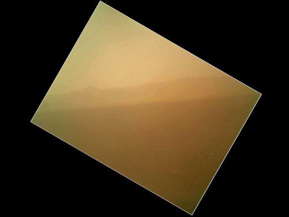 Η Πρώτη Έγχρωμη Φωτογραφία του Curiosity
