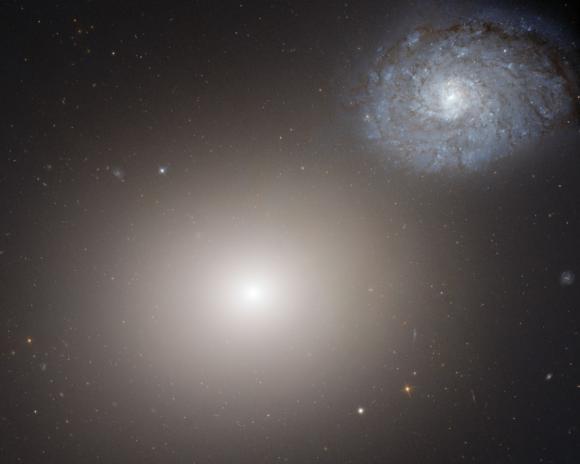 Ο Ελλειπτικός M60 και ο Σπειροειδής NGC 4647