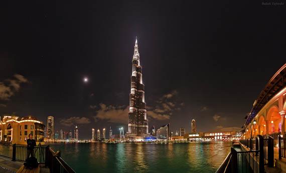 Έναστρη Νύχτα πάνω από το Ντουμπάι