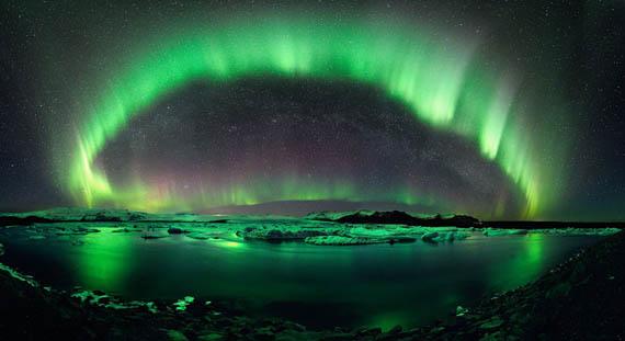 Ο Έναστρος Νυχτερινός Ουρανός της Ισλανδίας