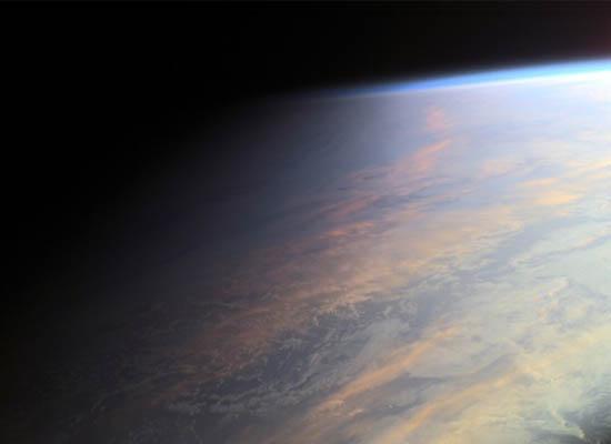 Η Γη στο Λυκόφως