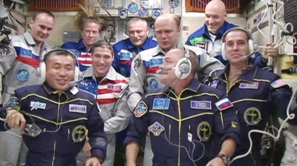 Εννέα Κάτοικοι στον Διεθνή Διαστημικό Σταθμό