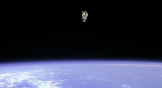 Ελεύθερος στο Διάστημα