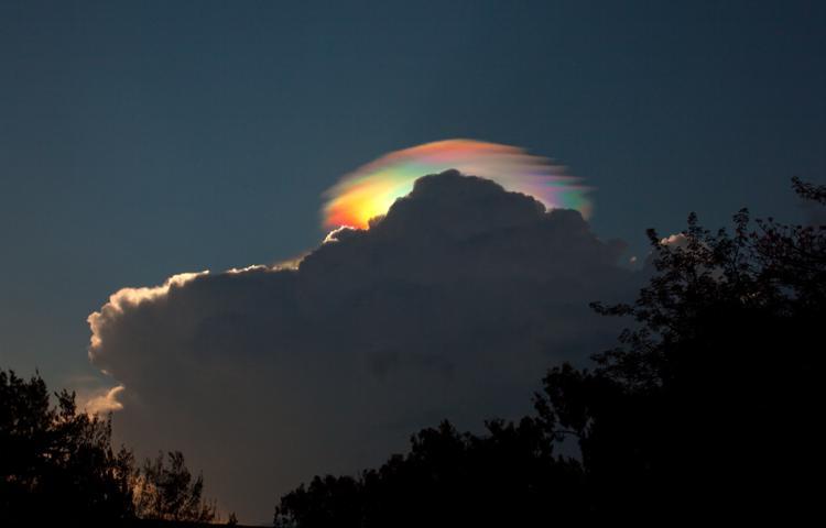 Ιριδίζων Σύννεφο πάνω από την Αιθιοπία