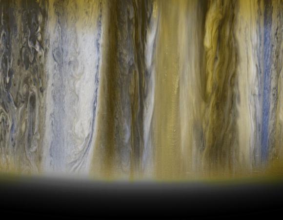 Τα Νέφη του Δία από το New Horizons