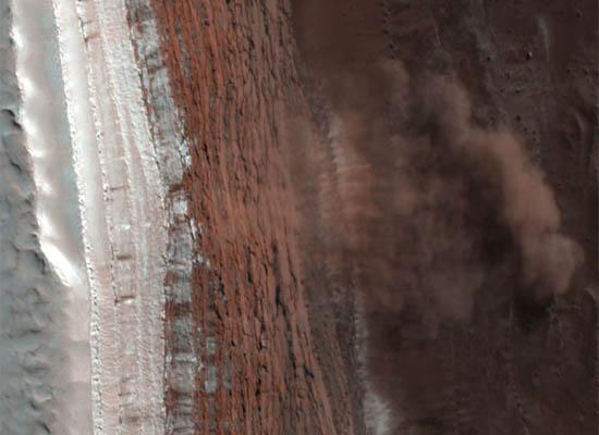 Μια Χιονοστιβάδα στον Άρη
