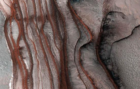 Στρώματα Κόκκινων Απότομων Βράχων
