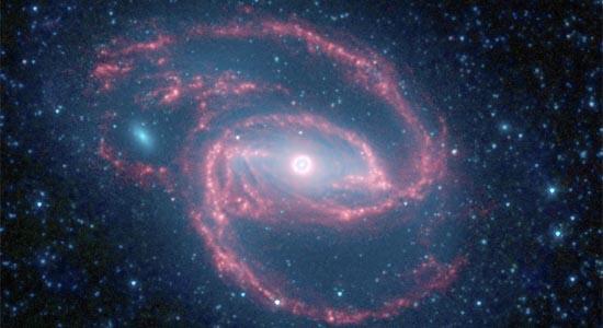 Σπειροειδής Γαλαξίας με ένα Κεντρικό Μάτι