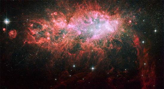 Αστρική Έκρηξη σε ένα Νάνο Ακανόνιστο Γαλαξία