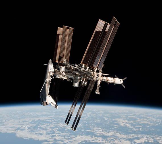 Το Διαστημικό Λεωφορείο και ο Διαστημικός Σταθμός
