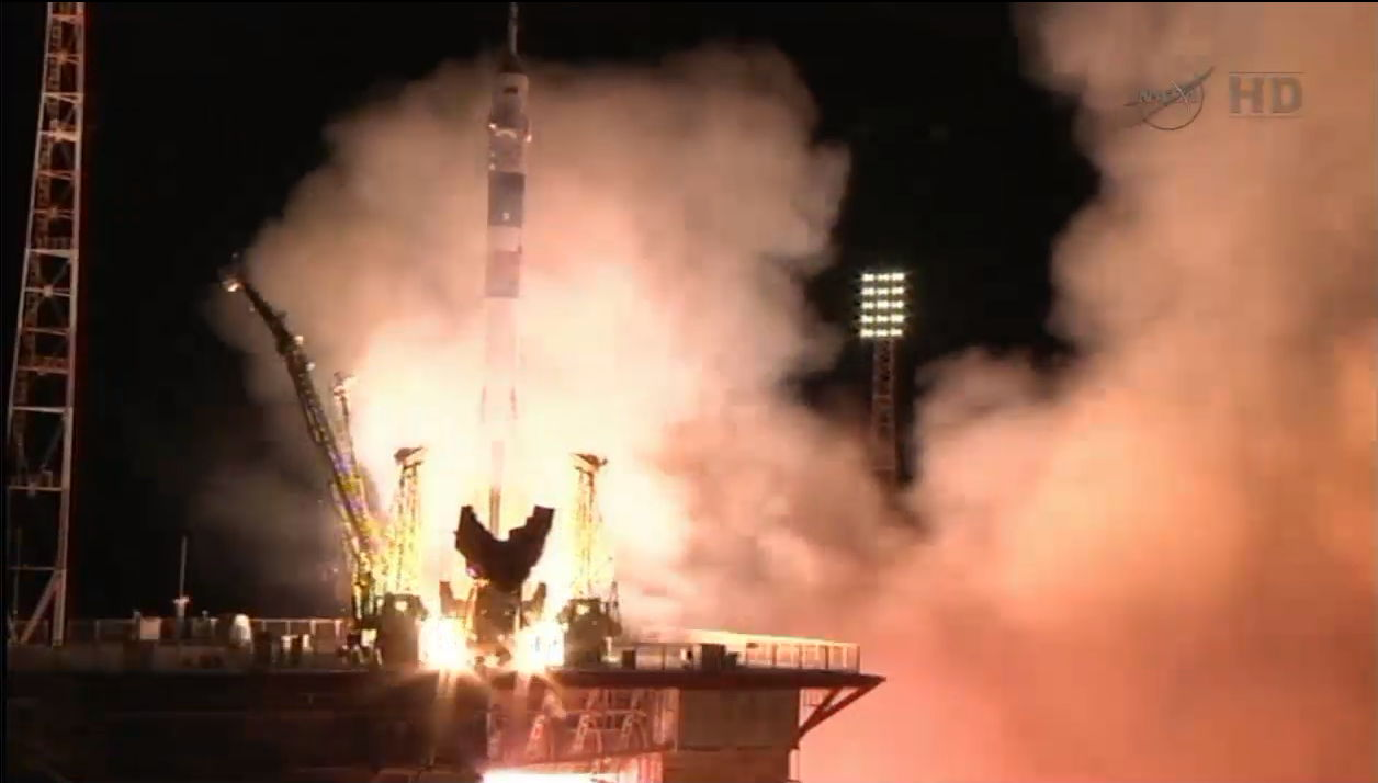 soyuz-launch-expedition-35