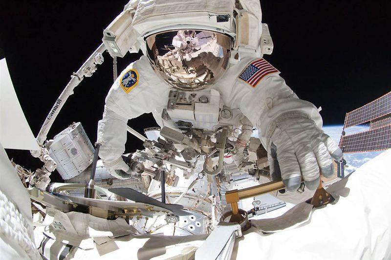 Ο Αστροναύτης της NASA, Greg Chamitoff
