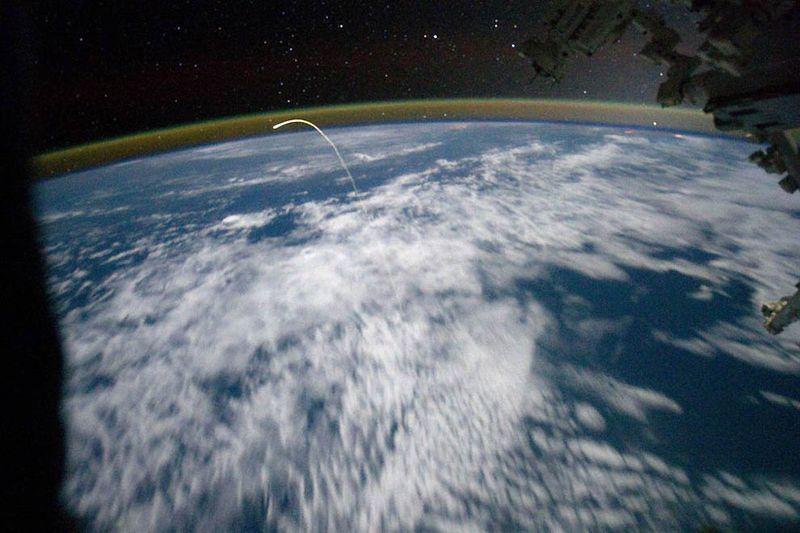 Το Atlantis επιστρέφει στη Γη